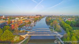 (Mittelland-Kanal_Yacht-Hafen_YUN00191.jpg)