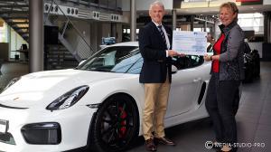(Porsche-Centrum_0333.jpg)